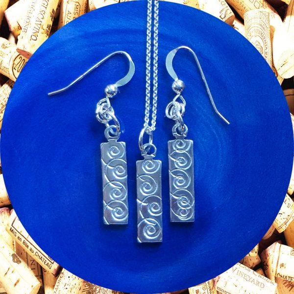 Small Rectangular Swirl Aluminum Earrings and Pendant Set by Kimi Designs