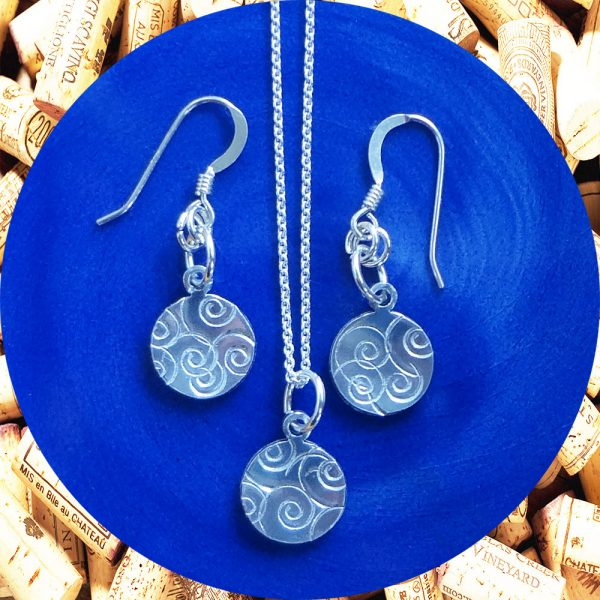 Small Round Swirl Earrings and Necklace Set by Kimi Designs