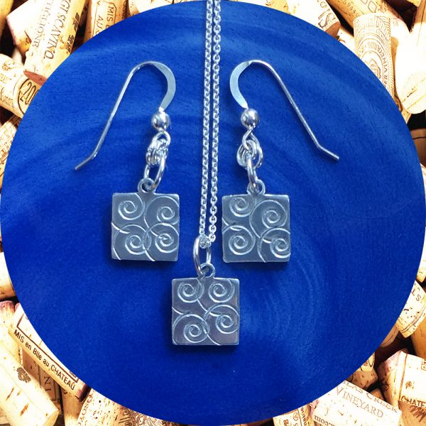 Small Swirl Square Earrings and Pendant Necklace Set by Kimi Designs